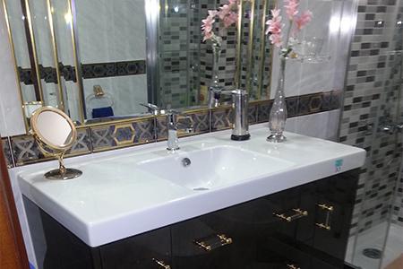 Cambiar bañera por ducha en Málaga - Reforma Baños y Cocinas